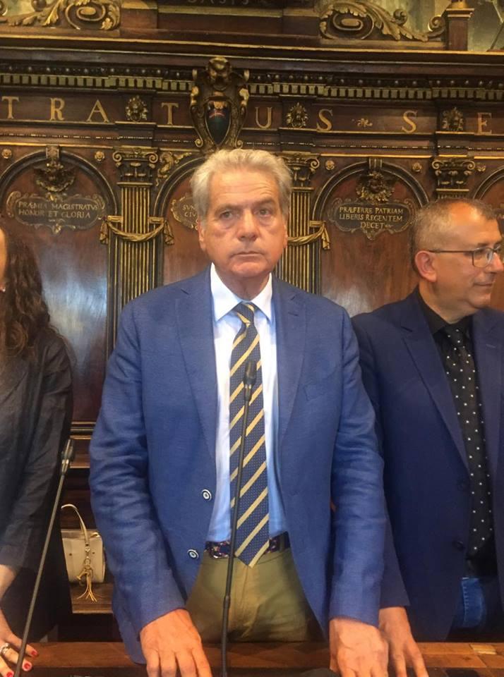 Viterbo-Comune: Arena andrà avanti, ma la crisi della sua maggioranza non è finita