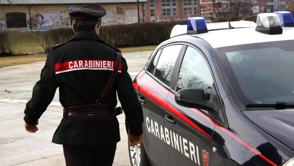 Viterbo, arrestato  20enne, spacciava hashish in un parco pubblico