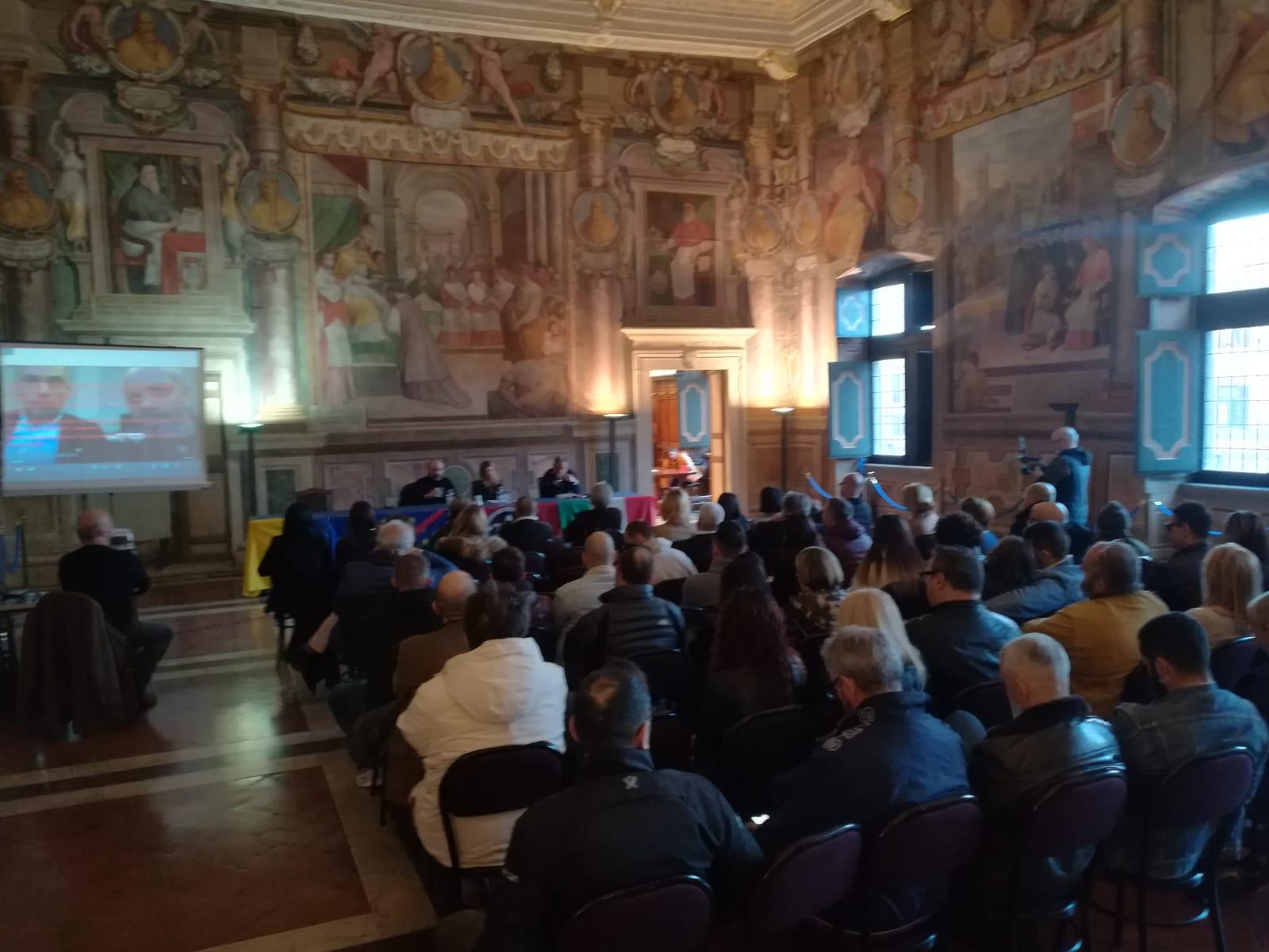 Viterbo, incontri: alla sala Regia la conferenza di Casa Pound sull'immigrazione e il business dell'accoglienza