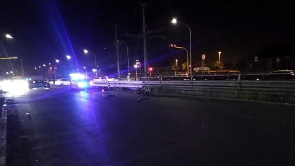 Roma, Via Casilina: muore ciclista dopo incidente con auto, è la terza vittima nel 2019