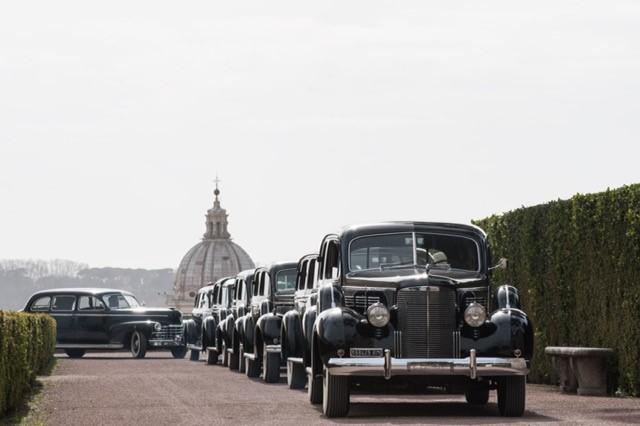 Viterbo, per la prima volta in mostra le auto storiche dei Papi