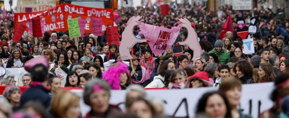 Viterbo, Usb in piazza sabato contro ogni forma di violenza