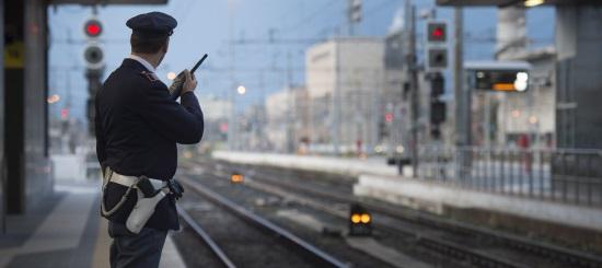 Orte, sul treno Roma-Orte arrestata cittadina rumena