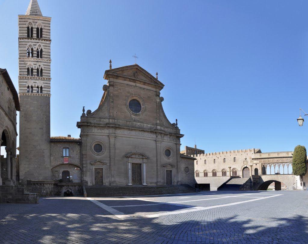 Viterbo-Comune, Piazza San Lorenzo, un simbolo, un bene da tutelare e liberare da sovrastrutture ed eventi, per costruire l'immagine di Viterbo nel mondo