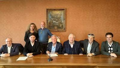 Bolsena-Lago, la domanda angosciata di Marta la dissidente: perchè attorno al Lago di Bolsena si continuano ad impiantare noccioleti illegalmente?