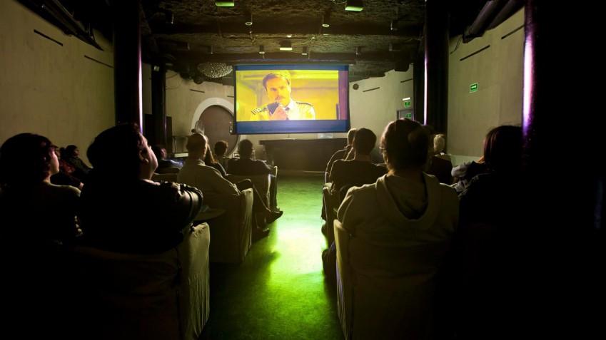 """La proposta di cittapaese.it: usare una sala comunale come cineclub, per avere da subito un nuovo """"cinema"""" in città"""