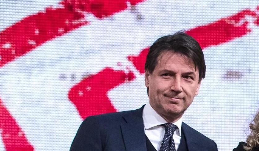 """Italia, governo: """"Se Renzi continua così, difficile andare avanti"""", le preoccupate dichiarazioni alla stampa del Premier Conte"""