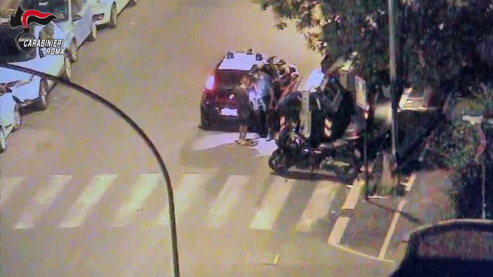 Roma, spaccio a Monteverde e Marconi, 10 arresti