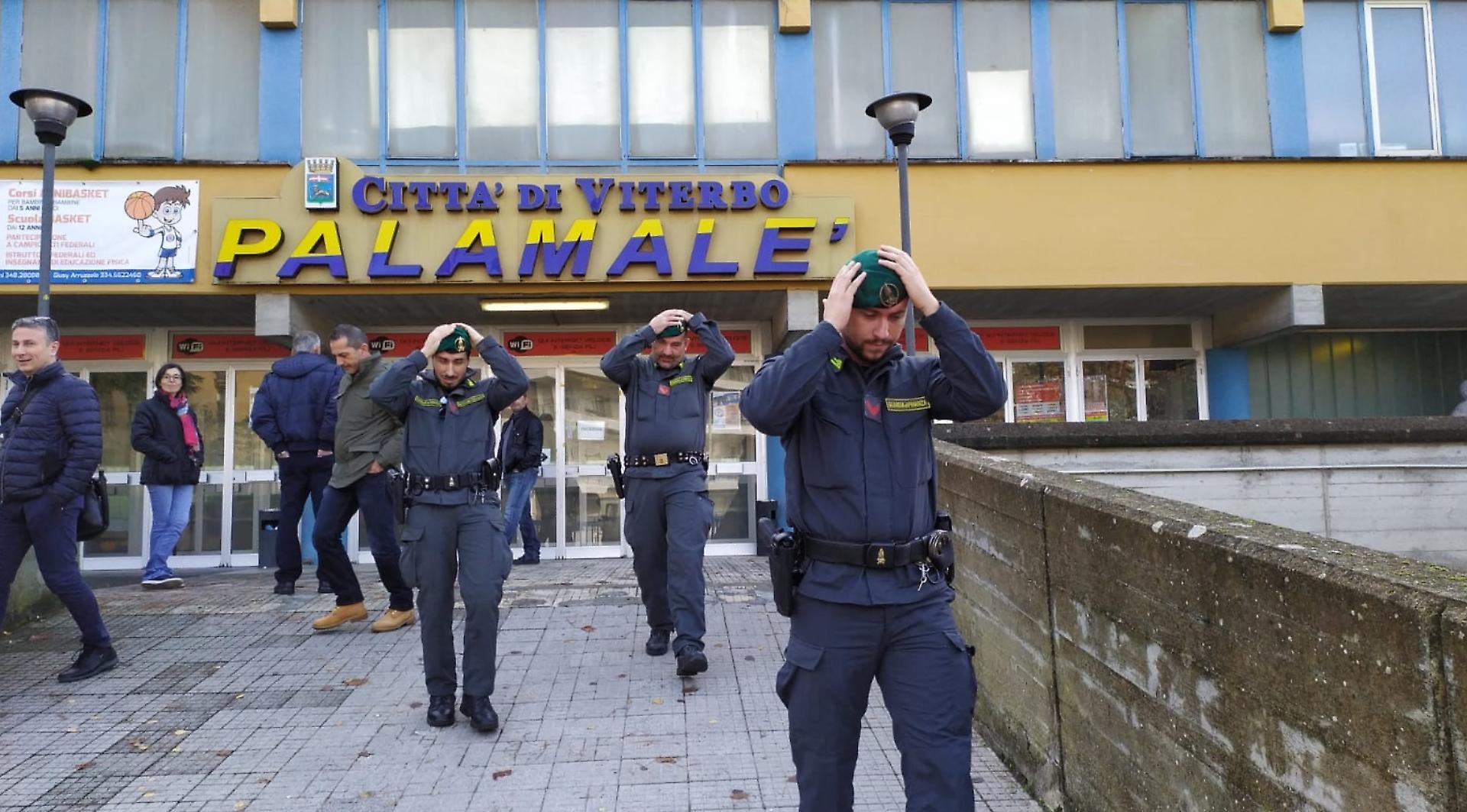 Viterbo-Concorso Vigili Urbani: inopportuna la conclusione forzata della prova, le giustificazioni del comandante dei vigili e del comune non convincono e rafforzano i dubbi