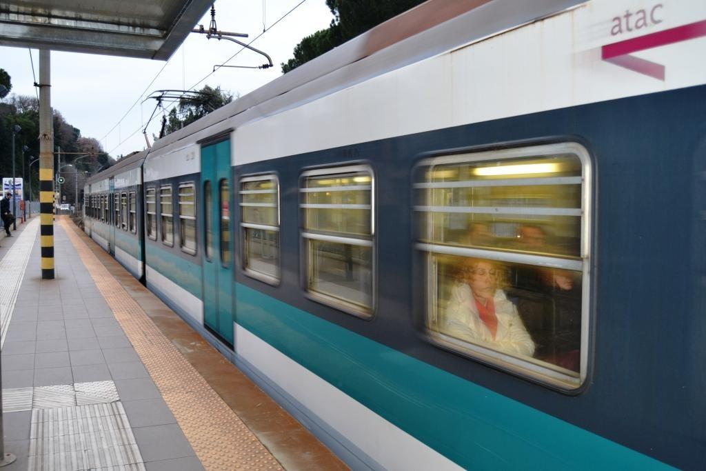 Viterbo, la ferrovia Roma-Viterbo rischia di scomparire, pendolari pronti alla mobilitazione