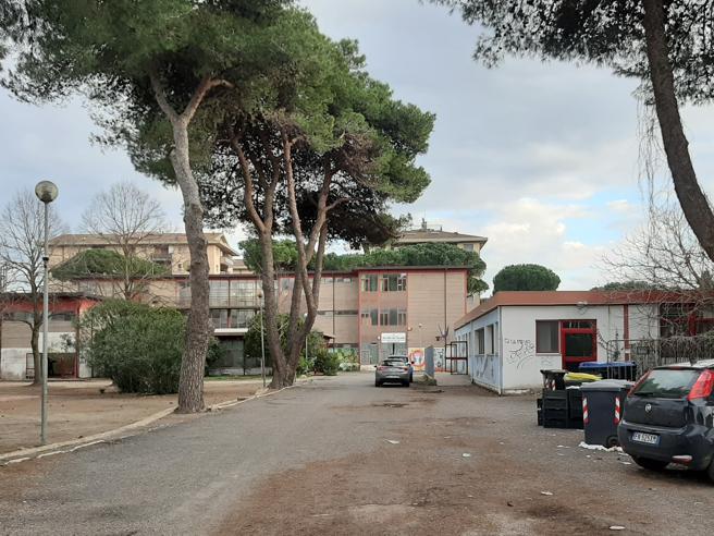 Italia, si sente male a scuola e muore bambino di 11 anni, tragedia ad Ostia