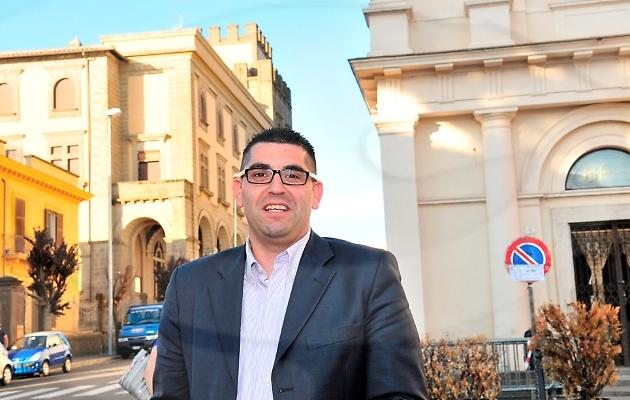"""Viterbo, Comune, è """"guerra infinita"""" tra Arena e Barelli, ma le accuse del sindaco all'avvocato di Caffeina sono molto gravi ed il traffico di influenze non è cosa da poco"""