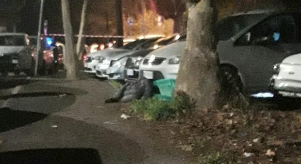 Roma, si torna a sparare in strada: ucciso con 4 colpi di pistola alla testa 43enne al quartiere Nuovo Salario