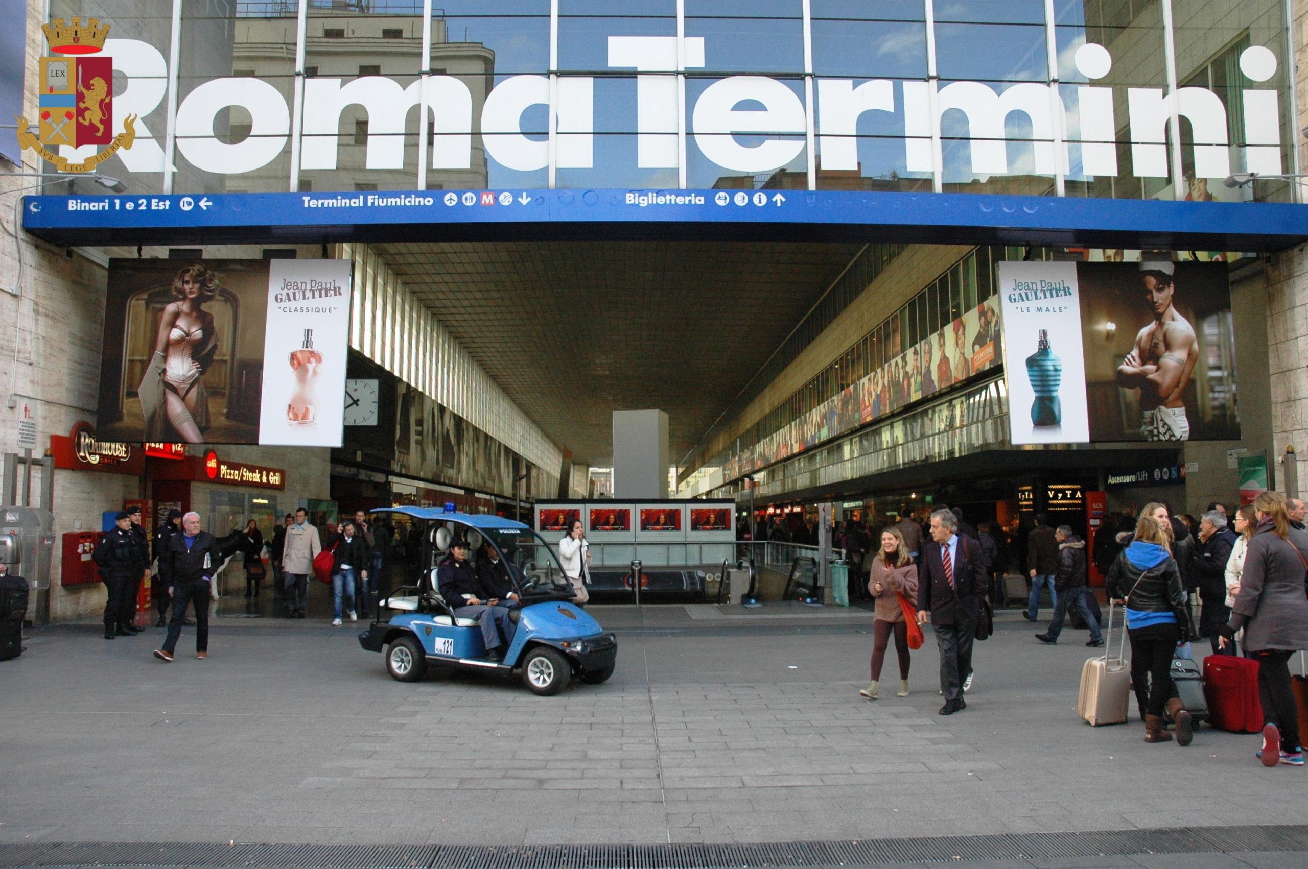 Roma, momenti di terrore alla Stazione Termini: giovani  coniugi perdono la loro bambina di 4 anni