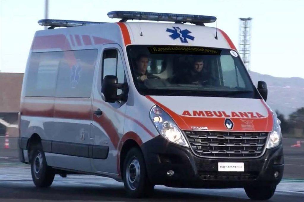Bimbo di 4 anni cade da carro di carnevale e muore