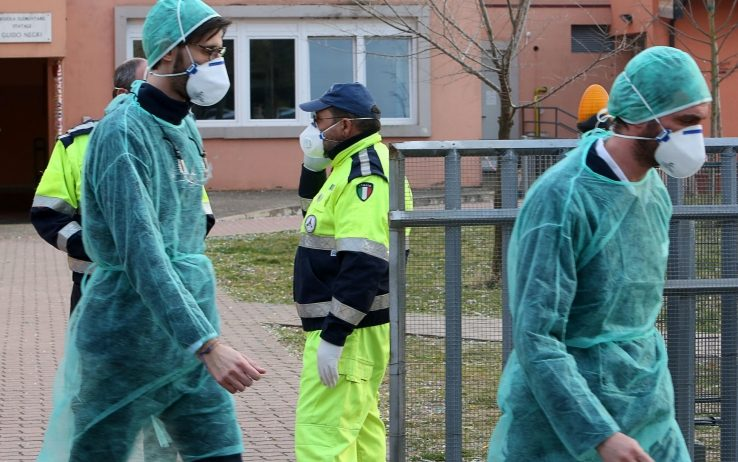 Coronavirus, in Italia 62013 i contagiati, più di 8mila le vittime