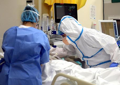 Coronavirus: reparto terapia Intensiva all'ospedale di Vizzolo Predabissi