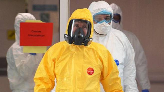 Coronavirus, 10 mila contagiati in un giorno e 4mila morti in Spagna