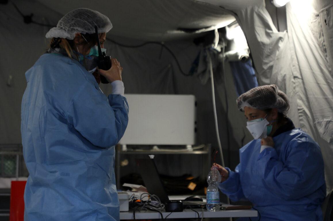 Coronavirus, 23 gli infermieri morti per Covid 19, due i suicidi