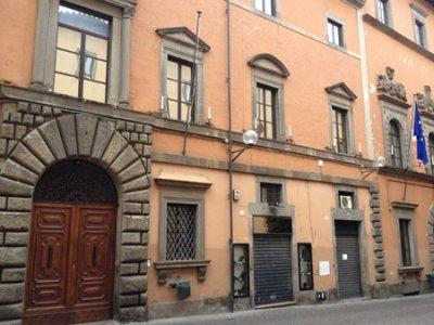 """Viterbo, Emergenza Coronavirus, Provincia, Palazzo Gentili, l'inciucissimo anti-democratico che fa malissimo a tutti e benissimo a chi lo fa, l'emergenza è la """"poltrona"""""""
