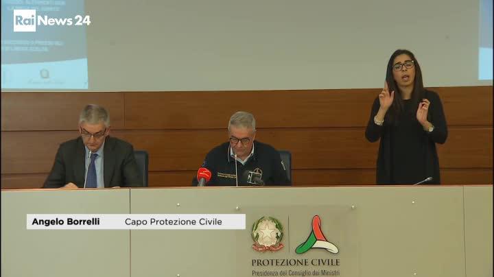 Coronavirus, più di 18mila i morti in Italia, calano i pazienti in terapia intensiva