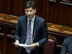 speranza_ministro_dinca_parlamento_lapresse_2020