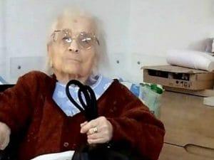 Coronavirus, Nonna Zelinda ce l'ha fatta, ha sconfitto il coronavirus a 104 anni