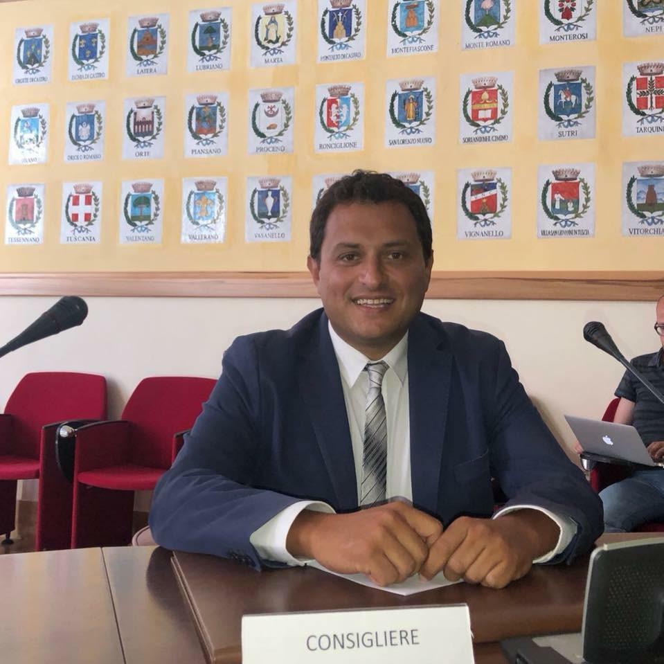Viterbo, Provincia, Mascherine pagate il doppio, interrogazione al Presidente Nocchi del consigliere di Beni  Comuni Fabio Valentini