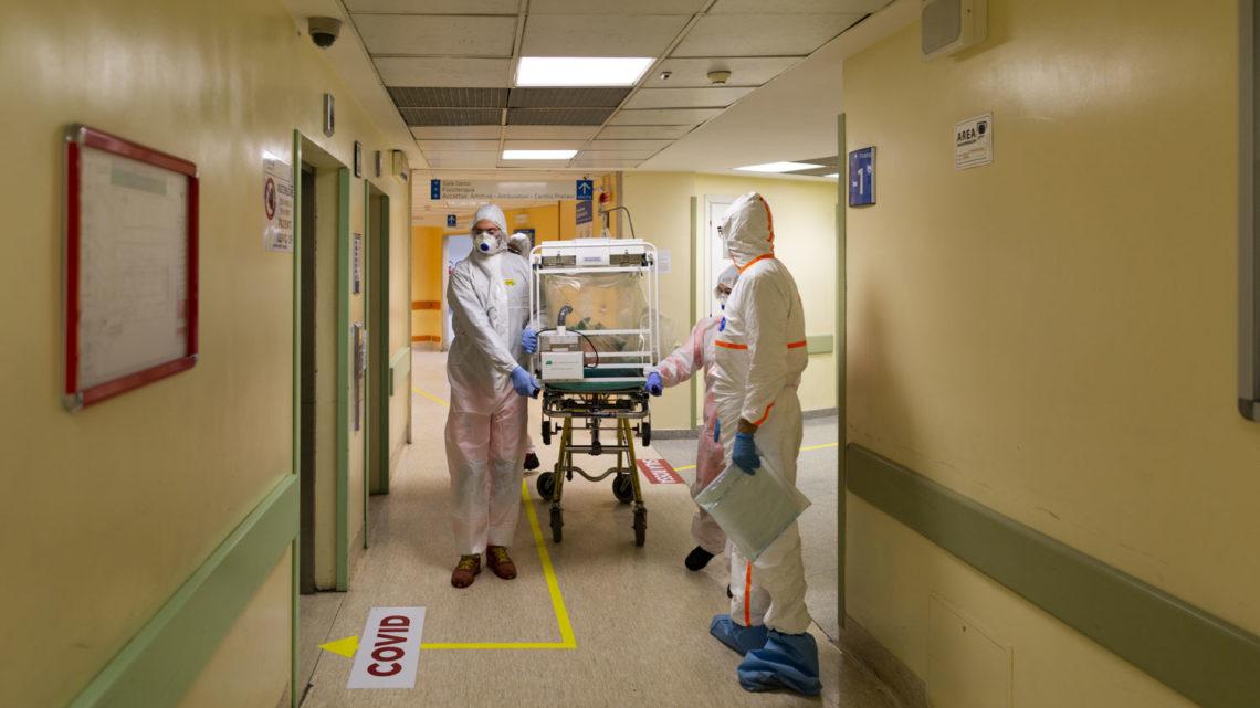 Coronavirus Roma,  Spallanzani, 115 pazienti ricoverati, 49 casi accertati, 7 pazienti in terapia intensiva