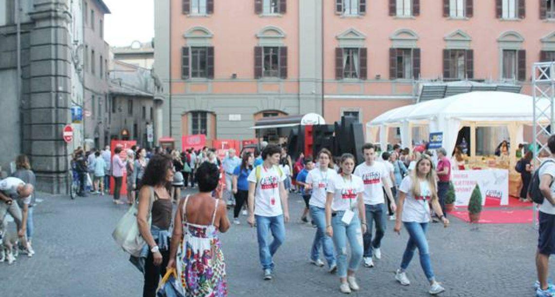 """Viterbo, i creditori del Caffeina Festival scrivono al presidente Zingaretti:""""La visibilità del festival costruita sulle nostre spalle, ecco le nostre riserve"""""""