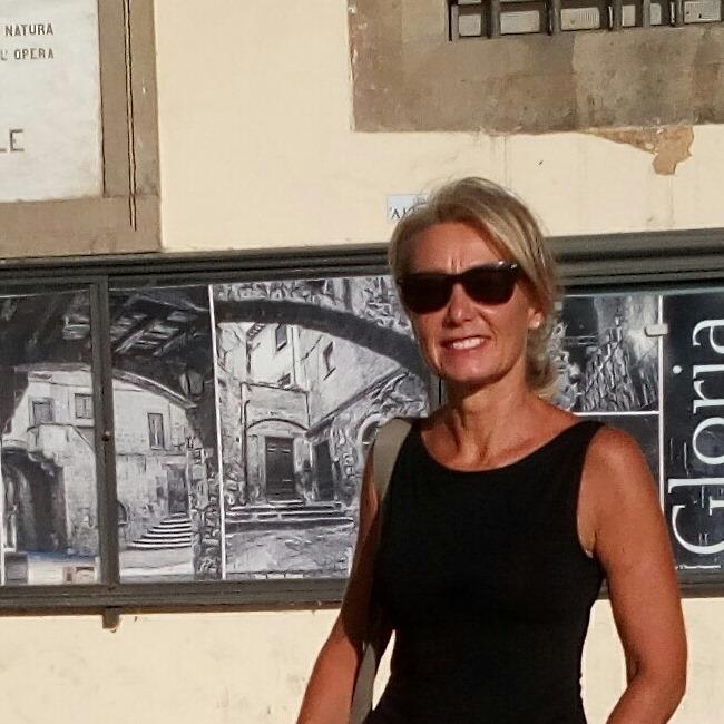 """Viterbo, l'intervista, Paola Celletti (Comitato non ce la beviamo""""): """"La sinistra viterbese è da rifare, l'inciucio con il cdx viterbese in Provincia è scandaloso"""""""