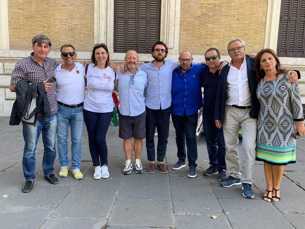 """Viterbo, """"Fratelli d'Italia, Viterbo non s'è desta…"""", non parte ancora l""""estate della cultura di partito"""" dei """"Rotelli boys"""""""