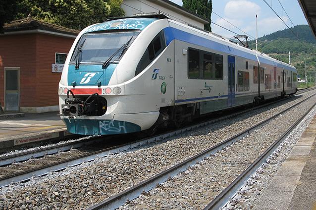 """Viterbo-Roma, Ferrovie, Associazione Trasportiamo: """"Pochi controlli e tanti affollamenti pericolosi"""""""