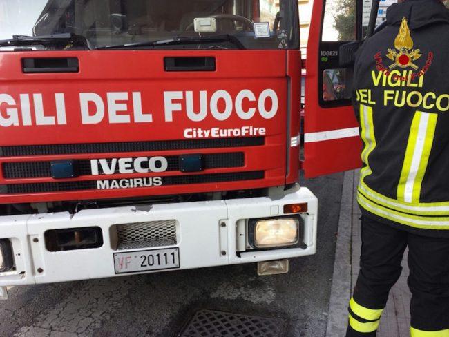 Roma, forte esplosione all'Hotel Mercure: ferite diverse persone