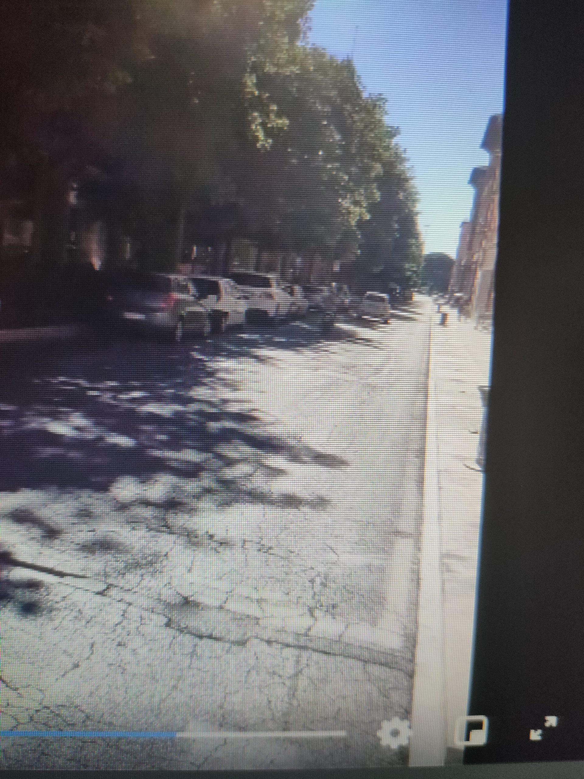 Viterbo, stranezze di provincia, 16-16, 30, Via  Marconi piena di parcheggiatori selvaggi, ma la polizia urbana non fa le multe, perchè?