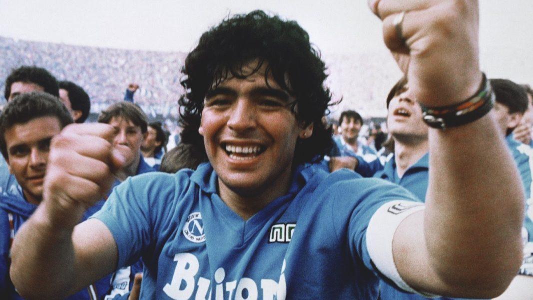 """25 novembre 2020, oggi è morto """"Dieguito"""" Maradona, l'unico campione """"popolare"""" che era rimasto, l'elegia del vero talento"""