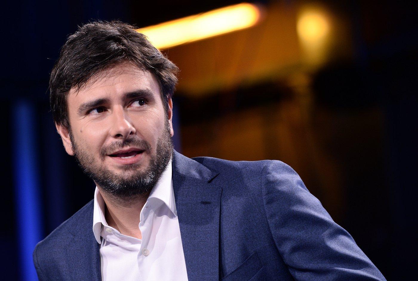 """Governo, manovra, Di Battista (M5s): """"Un dovere morale stare lontani dall'immoralità, no al dialogo con Forza Italia"""""""