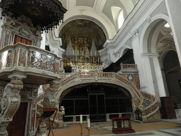 """Covid, Napoli, """"tampone solidale"""" nella basilica del rione Sanità con medici volontari"""