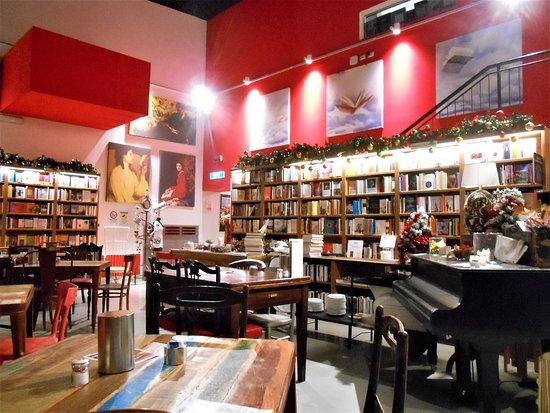 """Viterbo, Bar e Teatro Caffeina,  il Vescovato quanto ci ha guadagnato e quanto ci ha rimesso finora? Una domanda dopo gli """"scoop """"stralocal"""""""