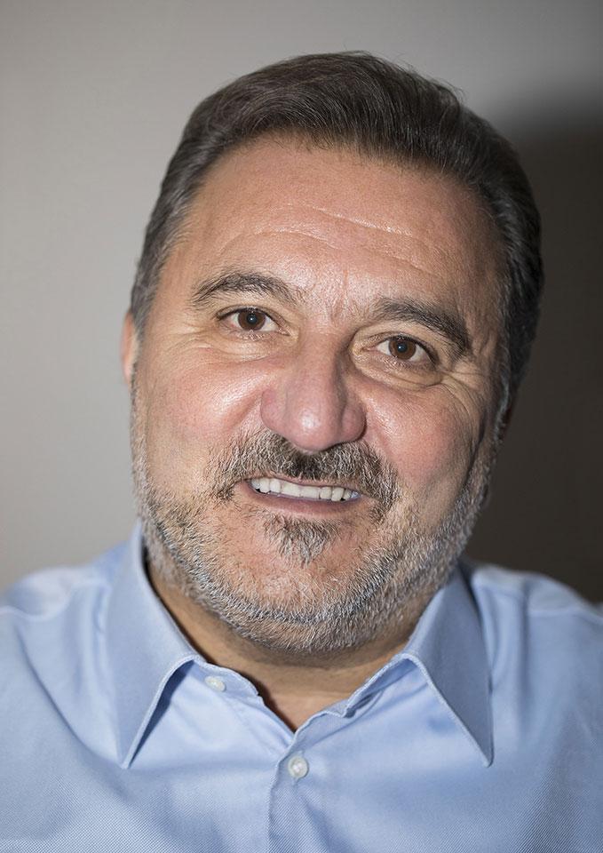 """Viterbo, """"In ginocchio da Rico """", """"esclusiva"""" intervista (?!) del gazzettino stra-local al  consigliere regionale Pd"""