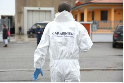 Roma, Provincia, choc ad Ostia, trovato cadavere in un' auto