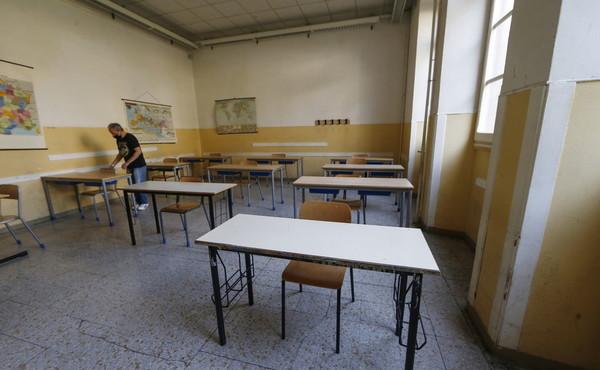 Viterbo,  Covid, il virus colpisce nelle scuole, 150 alunni positivi, 6 classi in quarantena in 10 giorni