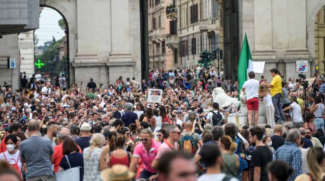 Manifestazioni di piazza, sale la preoccupazione per l'ordine pubblico